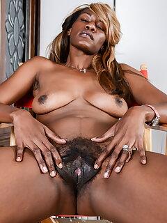 Ebony Ugly Pics