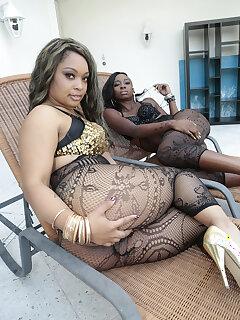 Ebony Pantyhose Pics
